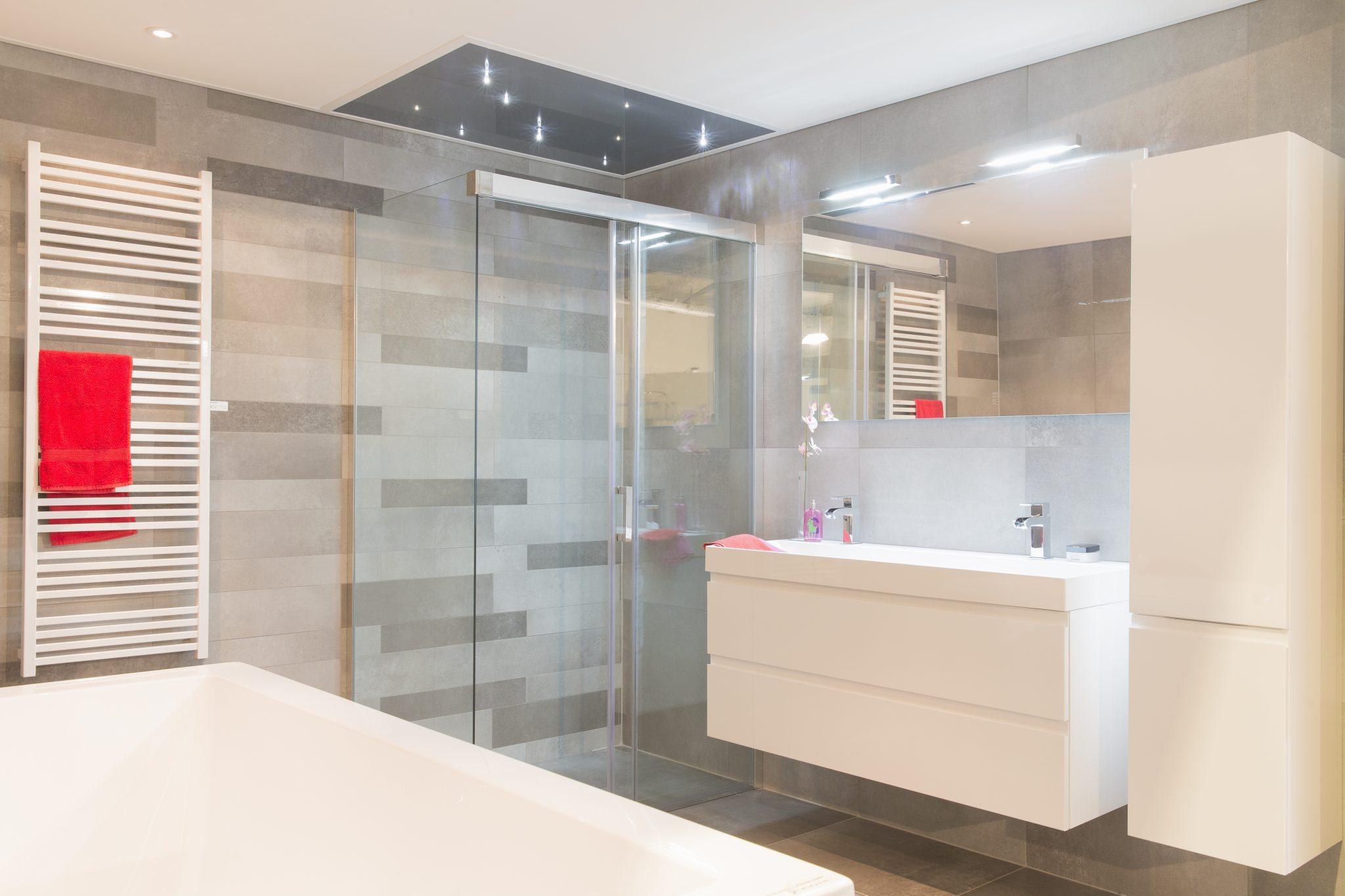 Badkamer low budget badkamer ontwerp idee n for Geenen interieur