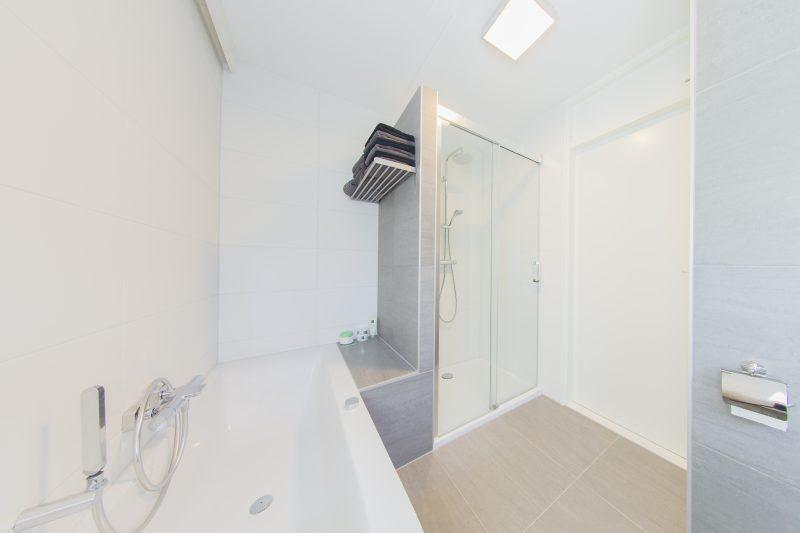 Nieuwe badkamer in Wierden - Badmeesters