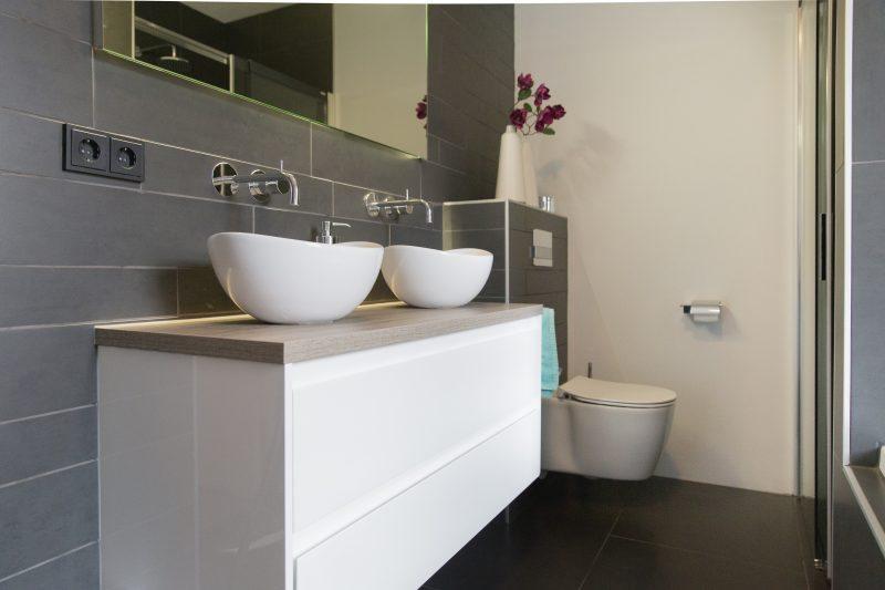 Complete badkamer in Rijssen   Badmeesters