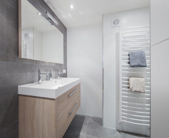 Houten badkamer Enschede