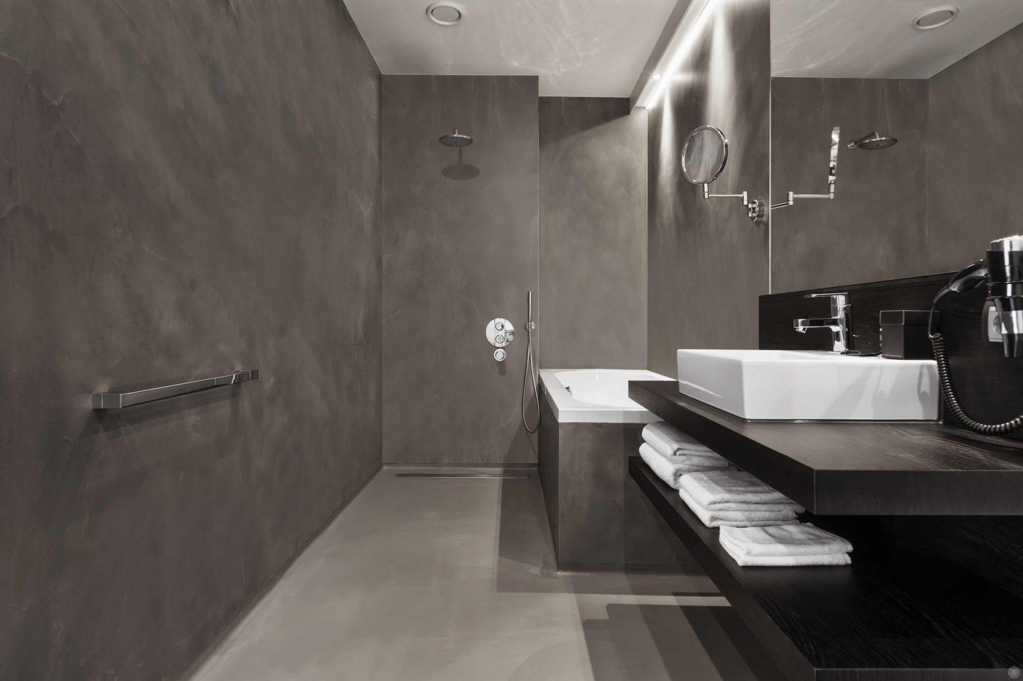 LEEF-beton gietvloeren - Badmeesters
