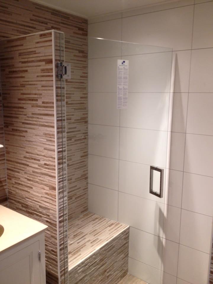 Badkamer almelo 3 badmeesters for Badkamer laten ontwerpen